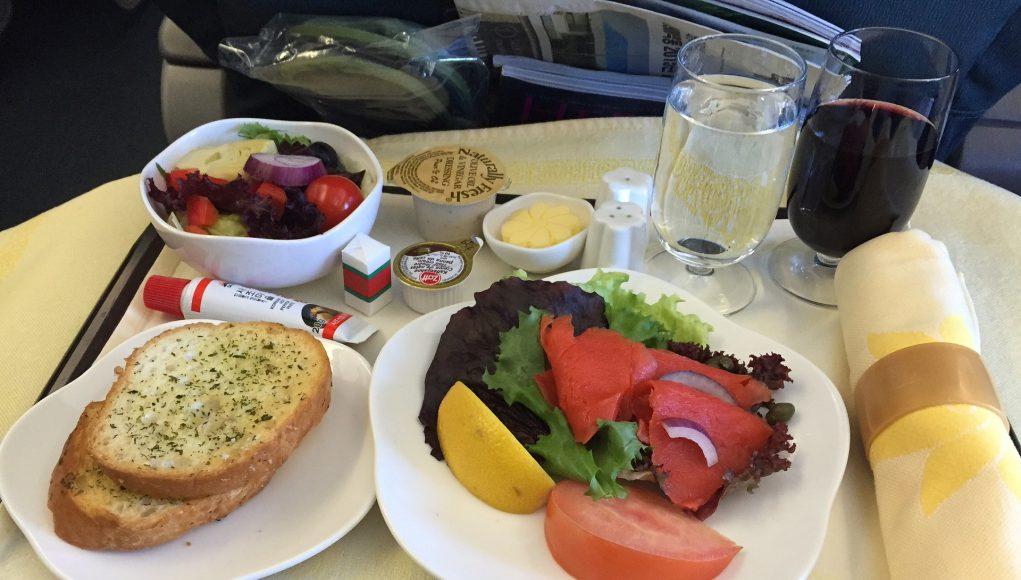 in-flight-meal