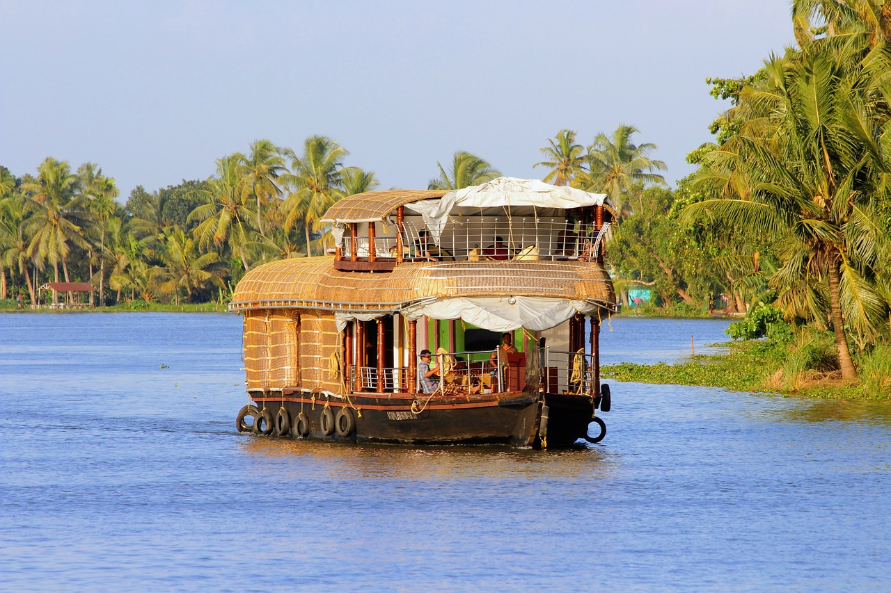 Houseboat ride in the Alappuzha backwater
