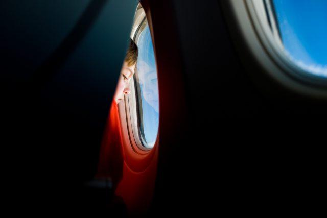 child on flight