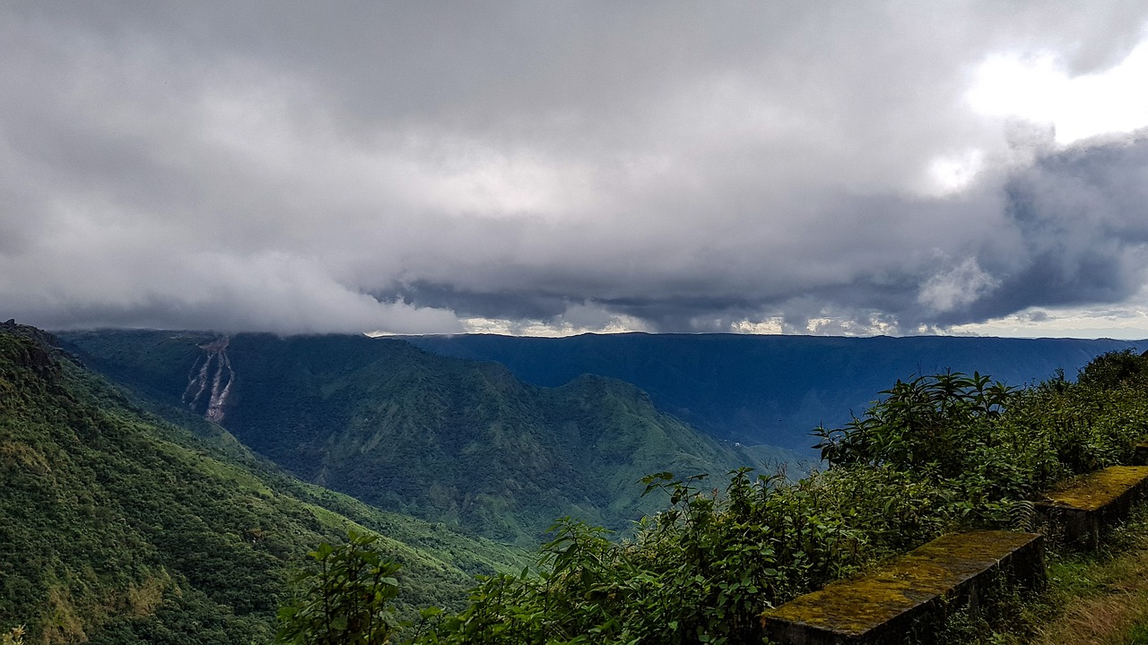 cloud and mountains in Shillong