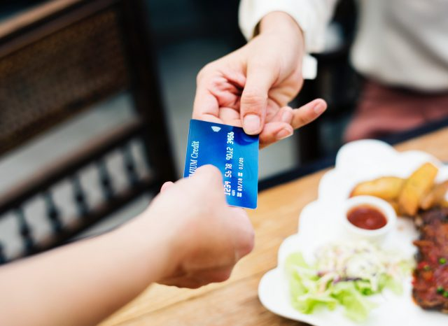 credit-card-billing-in-airport-lounges