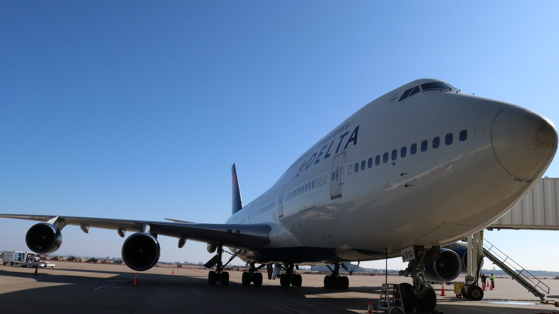 Delta Airlines to Resume Non-stop Flight services from Mumbai to New York | Taj Travel